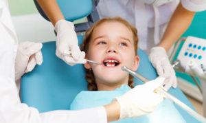 Лучение зубов у детей детская стоматология Киев СтоматКС